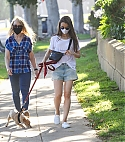 147861590_shutterstock_editorial_lily_collins_10640957c.jpg