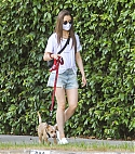 147861604_shutterstock_editorial_lily_collins_10640957f.jpg